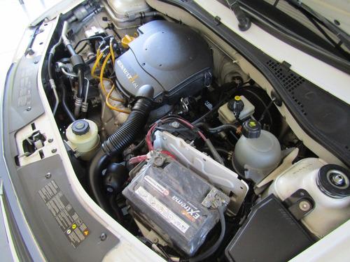 renault logan dynamique mt 1600cc