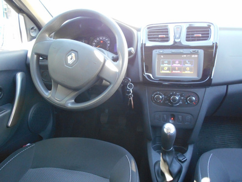renault logan life plus