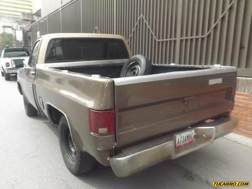 renault logan pick-up