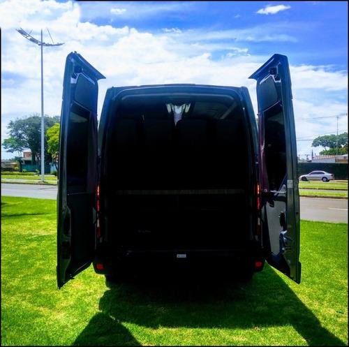 renault master 2.3 dci minibus executive 16l l3h2