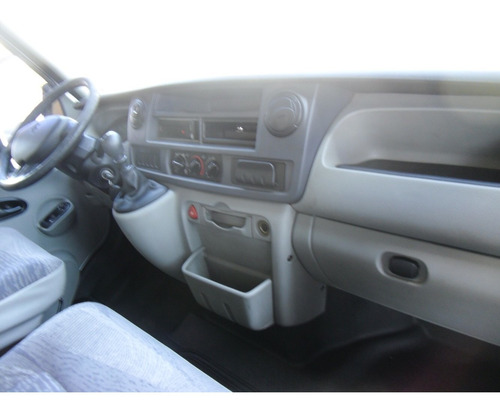 renault master 2.5 dci l3h2   ano 2012