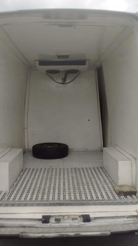renault master 2.5 furgao refrigerado.