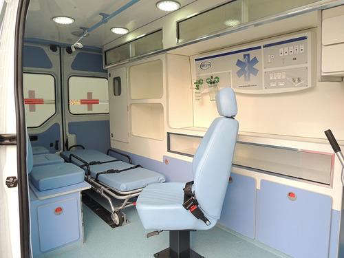 renault master l3h2 2.3 ambulancia uti