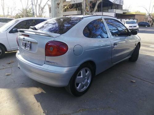 renault megane 1.6 16 v coupé