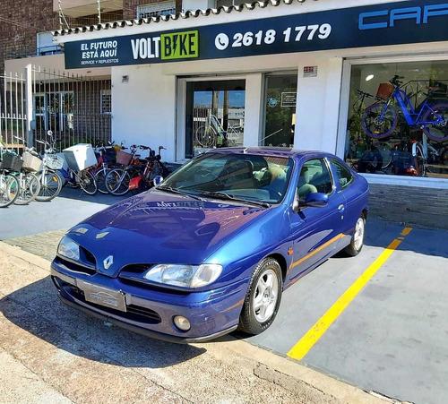 renault megane 2.0 150 hp coupe permuto financio