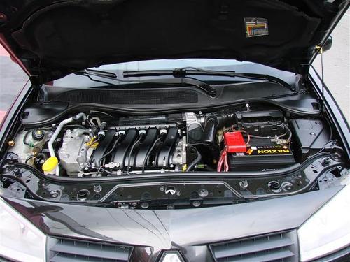 renault mégane 2.0 dynamique grand tour 16v gasolina 4p auto