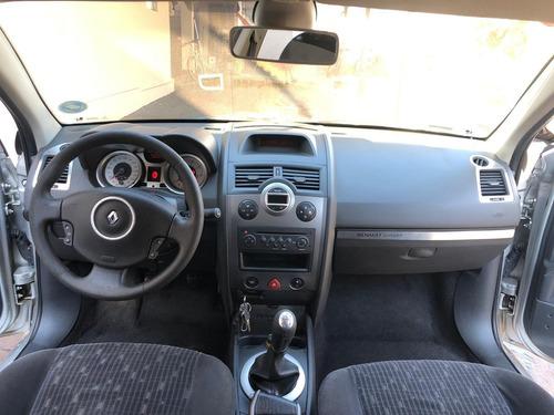 renault megane dynamique 1.6 16v flex sedan completo 2011