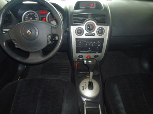 renault megane sedan dinamique 2.0 automático