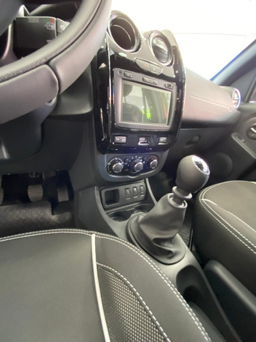 renault oroch 2.0 outsider plus (mb)