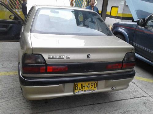 renault r19 carro