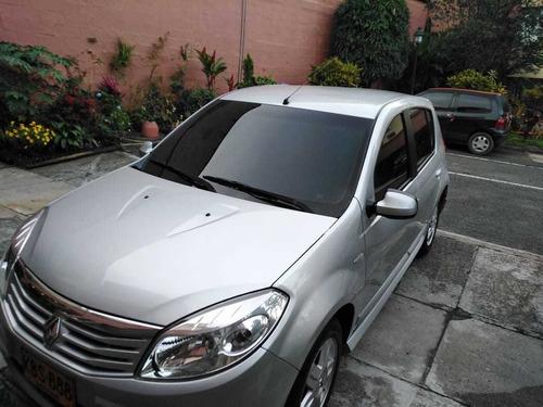 renault sandero 1.6 2010 5 puertas