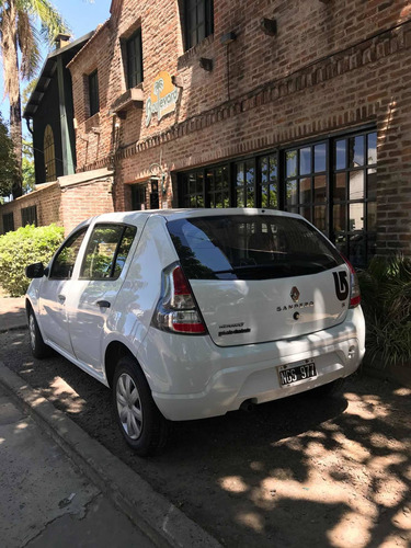 renault sandero 1.6 authentique pack i 90cv 2013