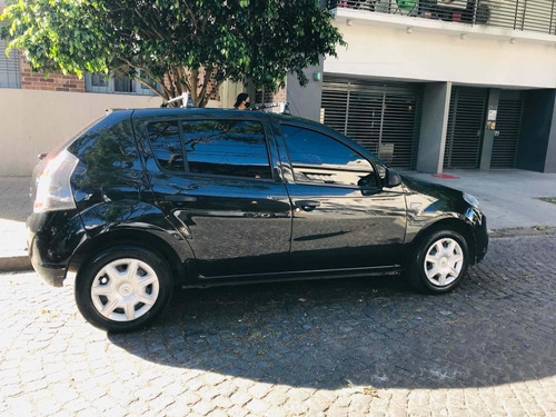 renault sandero 1.6 authentique pack i 90cv 2014