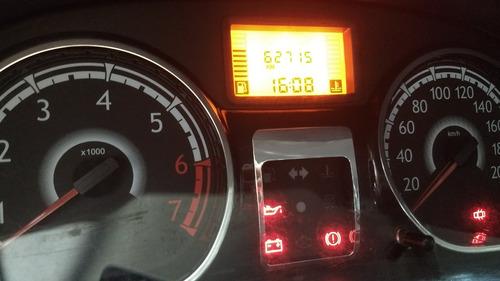 renault sandero 1.6 luxe 105cv   2012