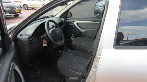 renault sandero autentique 2012,a/c perfecto estado.