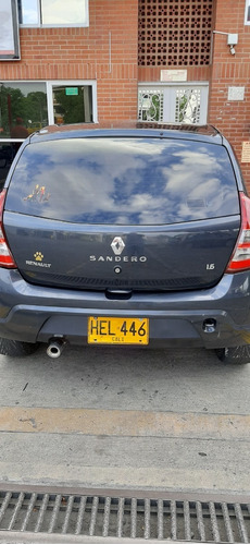 renault sandero authentique 2013