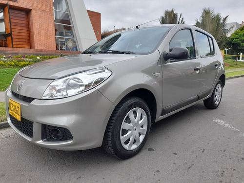 renault sandero authentique