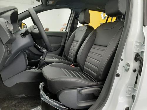 renault sandero auto