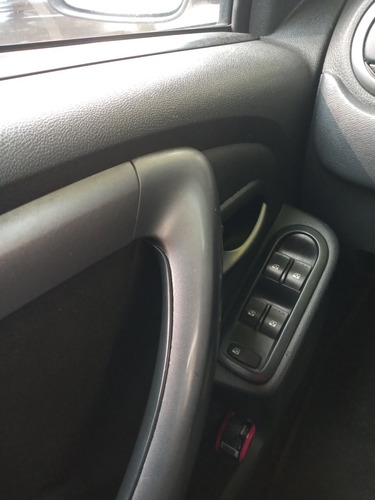 renault sandero automatic 1.6