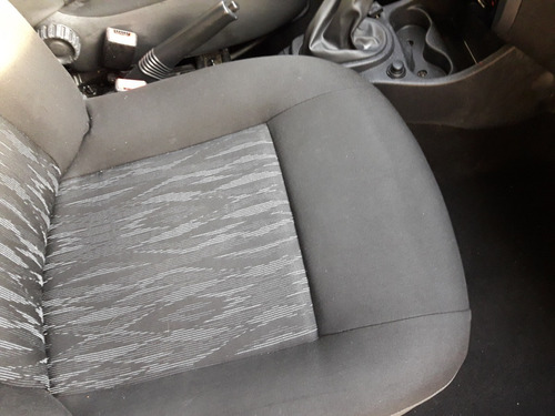 renault sandero confort 1.6 gnc