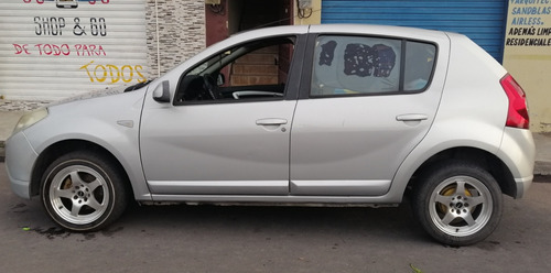 renault sandero dynamique plomo 5 puertas año 2010 1.6