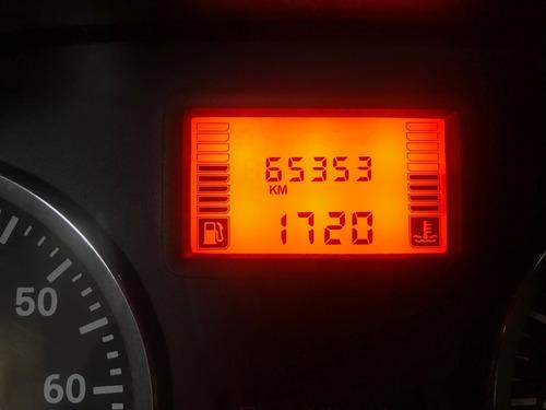renault sandero gris platina único dueño 2011 65.400km
