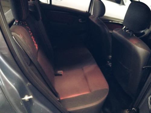 renault sandero stepway 1.6 gnc confort modelo 2011