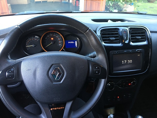 renault sandero stepway 1.6 privilege 105cv impecable