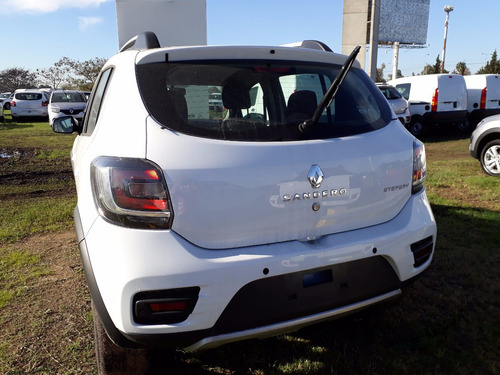 renault sandero stepway 1.6 privilege $150000 retira car one