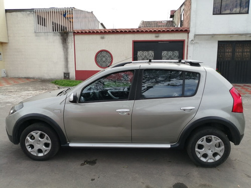 renault sandero stepway 2012 full equipo a.a. doble airbag