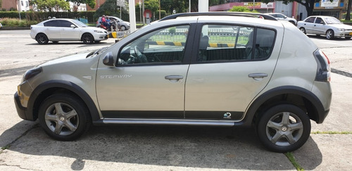 renault sandero stepway dynamique discovery 2ab abs 2014
