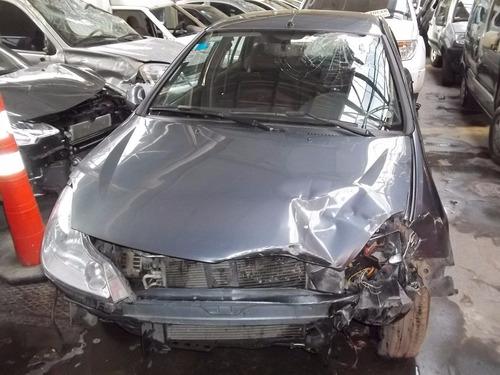 renault symbol 1.6 c/gnc / 2013 $ 83.800 - auto chocado