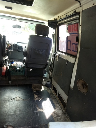 renault trafic furgon vidriado