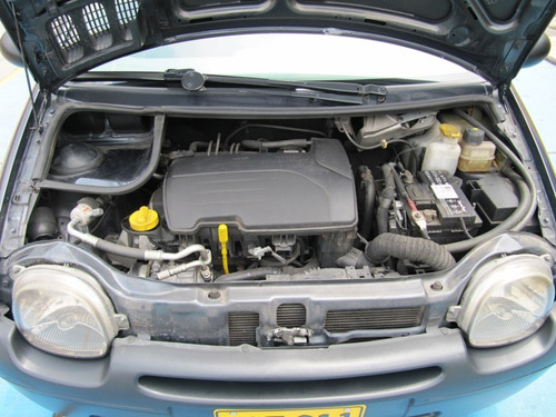 renault twingo authentique 1200cc mt aa