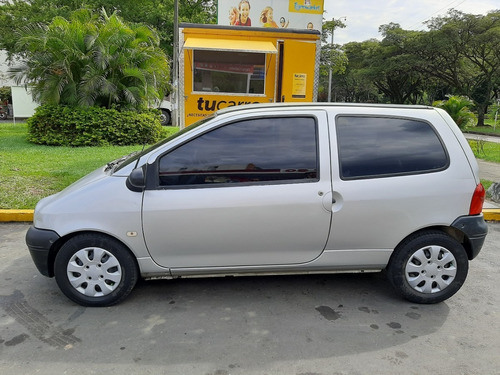 renault twingo authentique 2006
