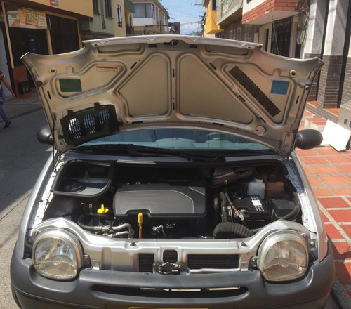 renault twingo authentique modelo 2008 -