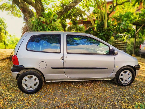 renault twingo version especial dynamique totto