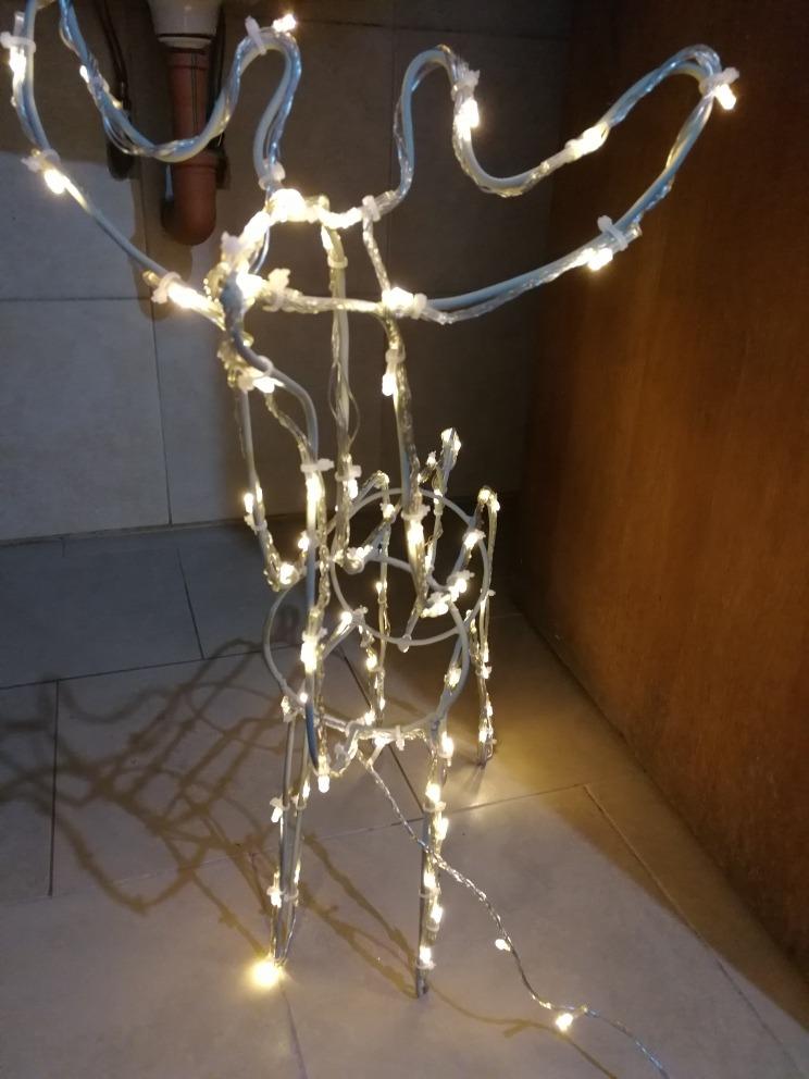 75b9920f328 reno figuras navideñas luces led. Cargando zoom.