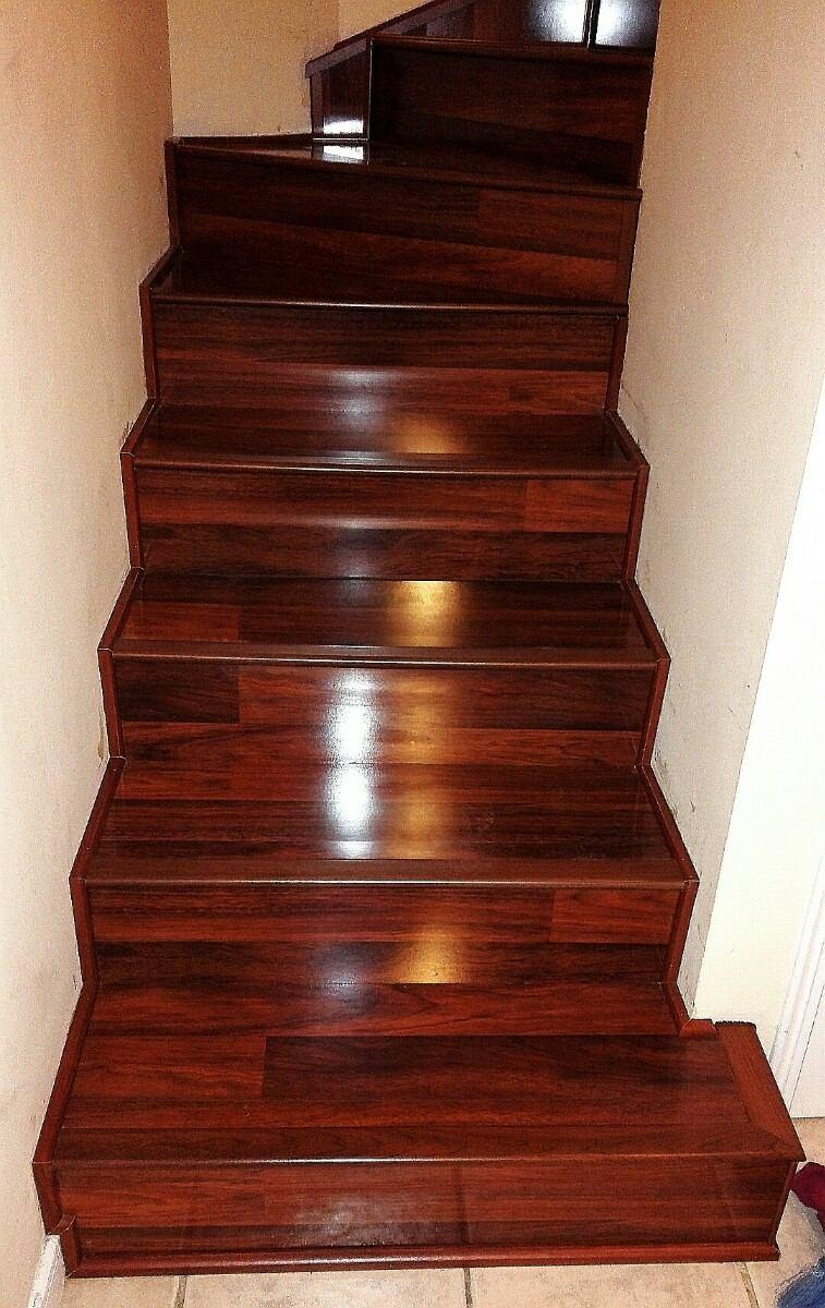 Escaleras Piso Laminado