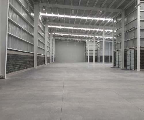 renta bodega  frente vw 7,000 m2