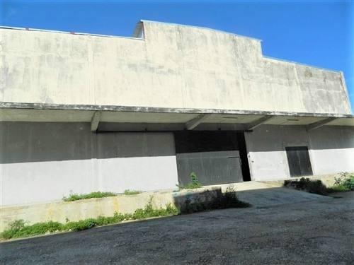 renta bodegas de 1500 m2, sobre avenida principal