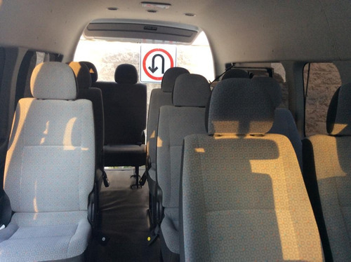 renta camioneta 15 pasajeros toyota hiace con o sin chofer