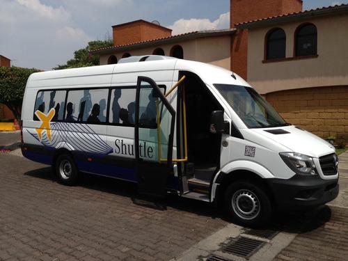 renta camioneta sprinter grande de turismo o autobus mediano