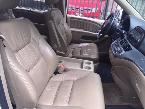 renta camioneta van minivan express econoline 7 a 15 pasajer