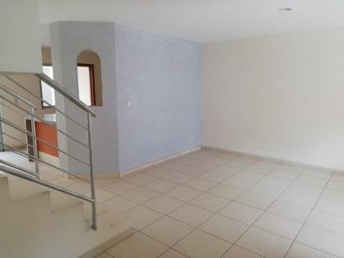 renta casa en nueva galicia - 1586001000