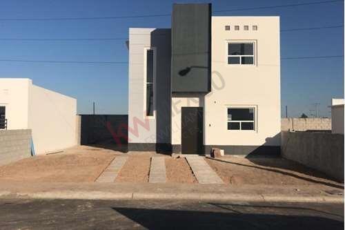 renta casa equipada a estrenar! $12,000.00 privada maya campestre mexicali bc
