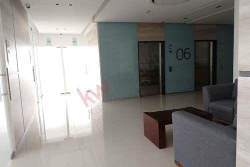 renta consultorio nuevo, torres médicas angelópolis 2 a lado del hospital mac