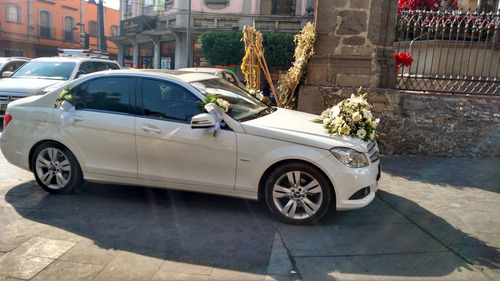 renta de auto mercedez-benz para (bodas-xv años-etc)