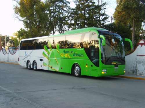 renta de autobuses, midibuses  y camionetas.