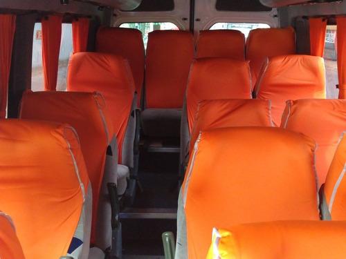 renta de autobúses y camionetas con operador